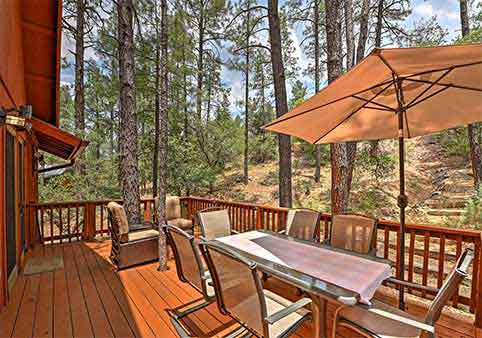 Prescott Cabin with Beautiful Forest Views and Deck!